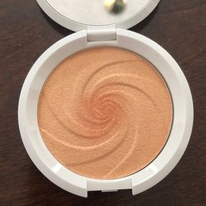 Dreamsicle highlighter
